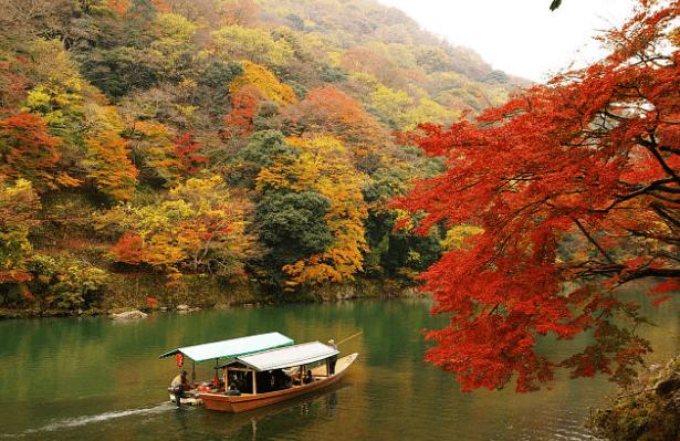 Paket Wisata Tour Jepang November 2018