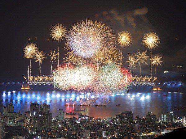 festival kembang api musim dingin