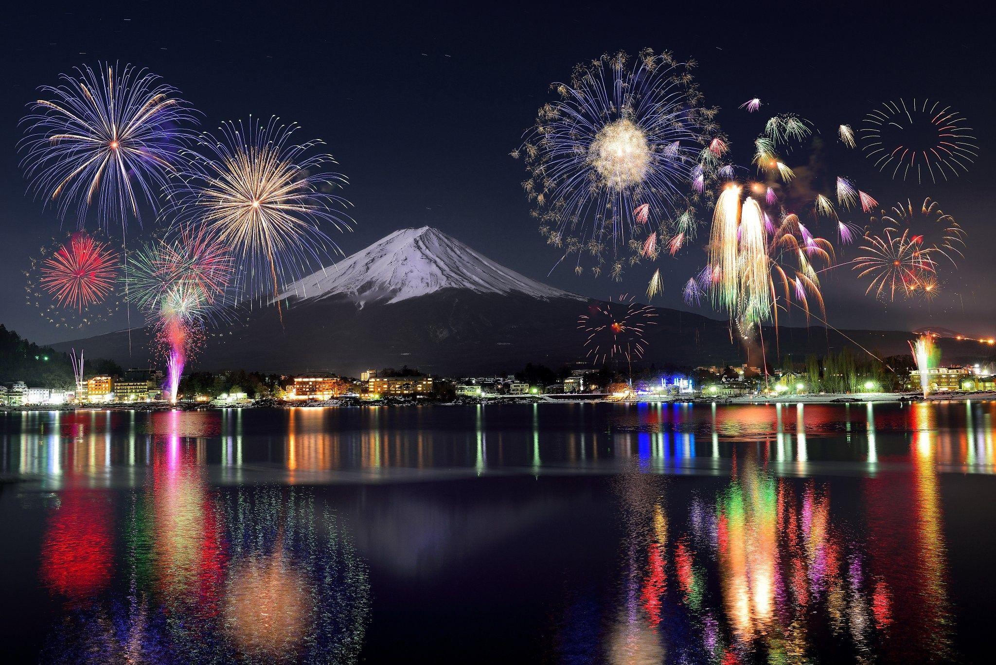 festival kembang api musim panas