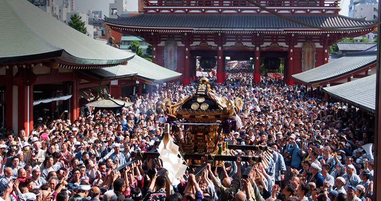 Festival Musim Panas Sanja Matsuri