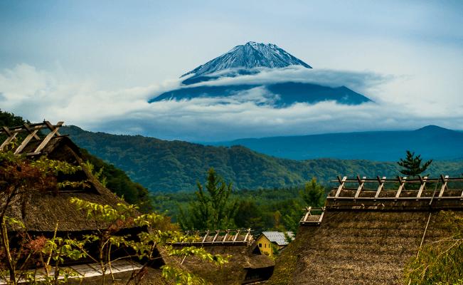 Gunung Fuji dari Iyashi no Sato