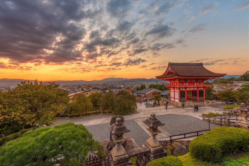 Kiyomizu-dera torii