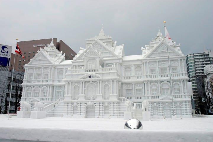 Paket Tour Ke Jepang 7 Hari 6 Malam Februari Musim Dingin Sapporo Snow Festival